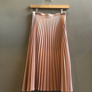 DO+BE midi pleated pink skirt